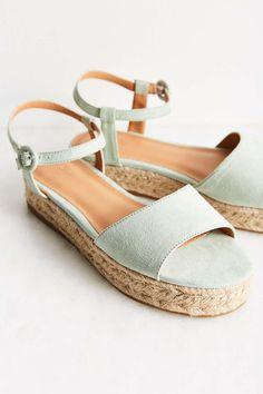 a8625a98caa9 45 Best Sandals - flatform images
