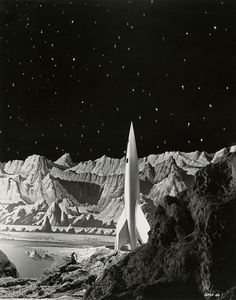 Grapefruit Moon Gallery : Publicity photograph showing a scene from Destination Moon (1950)