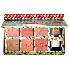 Maintain your glow during the winter months. This kit includes four blushes, one highlighter, and a bronzer for a flawless finish. #Sephora #Benefit #gifting