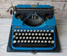 blue ROYAL portable manual typewriter working by carouselandfolk, $300.00