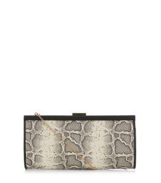 -18l .All over snakeskin print- Optional chain strap- Clasp fastening- Internal pocket- L: 31cm, W: 5.5cm, H: 16cm