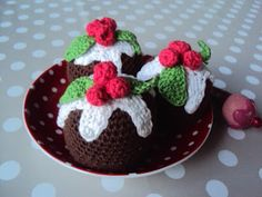 Creative World: DIY. Crocheted Christmas cupcake.