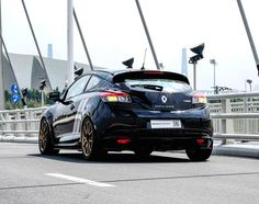 Here's one that you won't find here in the states! Our friends at Unlimited Performance China equipped this Renault Megane RS Trophy R with these Yokohama Advan tires and Forgeline one piece forged monoblock GS1R wheels finished in Tinted Gold. See more at: http://www.forgeline.com/customer_gallery_view.php?cvk=1467  #Forgeline #forged #monoblock #GS1R #notjustanotherprettywheel #madeinUSA #Renault #Megane