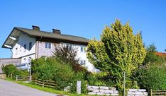 Am Sonnenhang mit Berg- u. Seeblick, Großzügige Liegenschaft in zentraler Lage von Mattsee mit traumhaftem Garten - Zimmer: 10, Kaufpreis: 840.000 €, Fläche: 264 m², Mattsee (5163) Jetzt bei ImmobilienScout24
