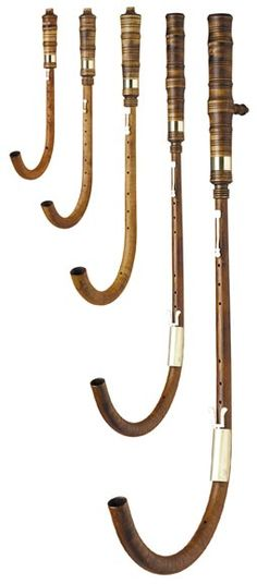 crumhorns, early music instruments