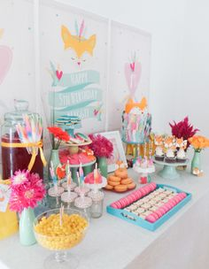 Foxes and Feathers 5th birthday party, feat. 'Frosted by Nicci' treats.