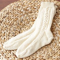 Free Knitting Patterns For Kroy Socks : 1000+ images about Knit Sock Patterns on Pinterest Knit sock pattern, Cryst...