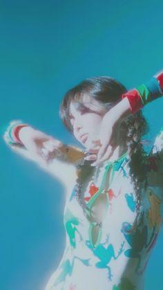 Meltem — Flower Shower You are free to use them! Hyuna Fashion, Hyuna Kim, Flower Shower, E Dawn, Korean Artist, Korean Music, Asian Actors, Just Giving, K Idols