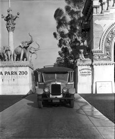 Taken at the Selig Zoo, circa 1928, located at 3800 Mission Road adjacent to Lincoln Park. (Water and Power.org). Bizarre Los Angeles