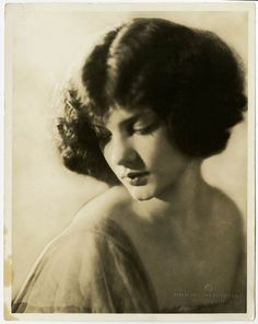 Vintage 1920s G. Maillard Kesslere Photograph Earl Carroll's Vanities Showgirl