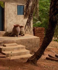Tcharé, Togo, Africa - pots en terre - emmanuel roques