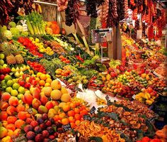 10 Colorful & Bustling Marketplaces Around The World Yes.