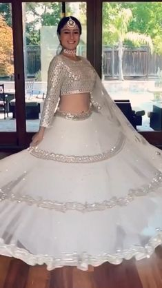 Indian Dress Up, Party Wear Indian Dresses, Designer Party Wear Dresses, Party Wear Lehenga, Indian Bridal Outfits, Bridal Dresses, Wedding Lehenga Designs, Wedding Lehnga, Indian Bridal Lehenga