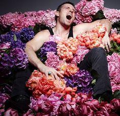 Wedding Colors, Wedding Flowers, Jeff Leatham, Big Flowers, Experiential, Flower Decorations, Color Inspiration, Floral Design, Floral Wreath