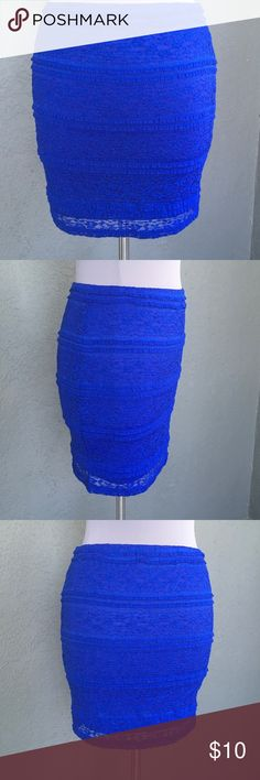 """Sexy BodyCon Blue Lace Slip-on Skirt JR-Large Sexy royal blue stretch lace slip on skirt by Forever 21. Size L (Juniors) . So easy to wear, stretch fit is so flattering! UNstrecthed ... laying flat waist = 14.5"""", hips = 17"""". Waist top to hem bottom is 16"""" Forever 21 Skirts Mini"""