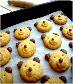 Biscuits oursons – La petite pâtisserie d'iza Bear cookies! Baby Food Recipes, Sweet Recipes, Cookie Recipes, Snack Recipes, Dessert Recipes, Healthy Recipes, Healthy Kids, Healthy Snacks, Bear Cookies