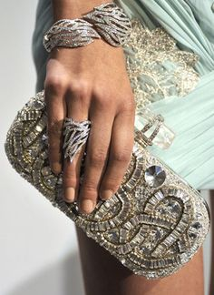 Love that ring & clutch / minaudiere