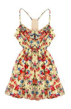 Floral Dress, this with a cute denim jacket over would be adorable and eye catching not to mention comfy! New Wardrobe, Summer Wardrobe, Beautiful Clothes, Beautiful Outfits, Summer Outfits, Summer Dresses, Festival Looks, Dressed To Kill, Summer Of Love