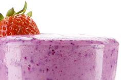 Paleo Smoothie: 1 cup chilled, brewed green tea; 1 cup fresh organic strawberries; 1 tablespoon raw almond butter; 2 fresh, Omega-3 eggs; Nutmeg, to taste.