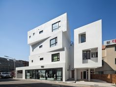 Inter White / Architects Group RAUM | ArchDaily Brasil