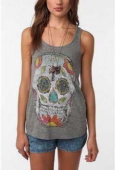 LOVE Day of the Dead skulls. super pretty.