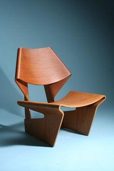 Designed by Grete Jalk for P. Jeppesen, Denmark. 1963.
