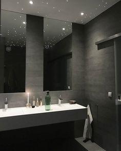 The Best 2019 Interior Design Trends - Interior Design Ideas Small Space Interior Design, Bathroom Interior Design, Bad Inspiration, Bathroom Inspiration, Small Room Bedroom, Bedroom Decor, Master Bathroom, House Design, Home Decor