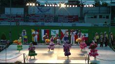 Colombian folk dance: Flores