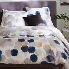 400-Thread-Count Organic Sateen Watercolor Dots Duvet Cover + Shams