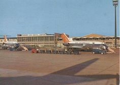Old photo of Jan Smuts Airport Old Pictures, Old Photos, Johannesburg City, Good Old Times, All Nature, Beautiful Sites, African History, Live, Planes