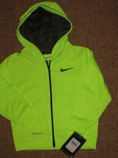 e780272241fa NEW NIKE THERMA FIT BOY S 3   3T HOODIE ZIPPERED JACKET NEON VOLT  NIKE