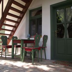 Égkőris Vendégház Bakonyszücs - Szallas.hu Tiny House Plans, How To Plan, Chair, Furniture, Home Decor, Decoration Home, Room Decor, Home Furnishings, Stool