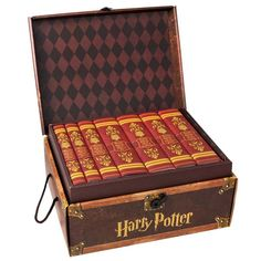 Harry Potter Hogwarts Trunk Collection
