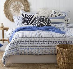 Shop the latest trends for your bedroom! Find bedding inspiration, shop for the perfect Australian quilt sets and covers at Mareq Homewares. Blue Bedding, Bedroom Inspo, Bedding Inspiration, Bedroom Wall, Bed, Furniture, Pillows, Home Decor, King Beds