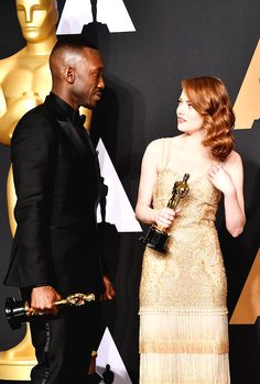 Mahershala Ali, winner of Best Supporting Actor for 'Moonlight' and Emma Stone, winner of Best Actress for 'La La Land' pose in the press room during the 89th Annual Academy Awards at Hollywood & Highland Center on February 26, 2017 in Hollywood, California.
