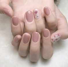 [ Creative Styles for Nude Nails You'll Love ]nude nails Nude Nails, Nail Manicure, Diy Nails, Swag Nails, Nail Polish, Elegant Nails, Stylish Nails, Diy Beauty Nails, Minimalist Nails