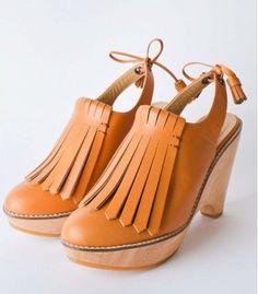 Durbuy lather fringe platform clogs. #shoes #clogs #leather