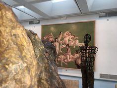 """Blick in die Ausstellung von Thomas Gatzemeier """"Jüngster Friede"""" im Kunstverein Siegen 2016 mit Bild """"Jüngster Friede""""."""