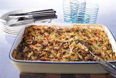 Juustoinen jauheliha-perunavuoka Lasagna, Banana Bread, Macaroni And Cheese, Recipies, Ethnic Recipes, Desserts, Food, Easy Dinners, Casseroles