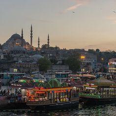 #Istanbul #Turkey #night #mosque  #light #evening #Стамбул #Турция #вечер #мечеть #корабль #огни Evening in Istanbul. Вечер в Стамбуле.