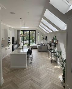 """Intérieur on Twitter: """"This bright space is perfect ✨ (Queen's Park, London)… """" Garage To Living Space, Open Kitchen And Living Room, Living Spaces, Decoration Design, Deco Design, Open Plan Apartment, Apartment Design, Home Decor Inspiration, Design Inspiration"""