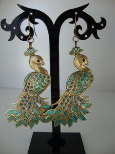 Check out our peacock earrings selection for the very best in unique or custom, handmade pieces from our dangle & drop earrings shops. Etsy Earrings, Drop Earrings, Peacock Earrings, Dangles, Bronze, Hand Painted, Crafty, Ear Rings, Peacocks