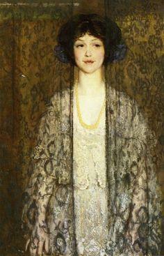 La Donna, Phillip Leslie Hale