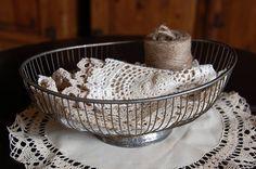 #vintage #wire #basket #organization #display #silverplate #fruit #bread #basket $11.00