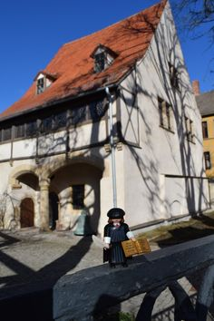 Martin Luther's Birthplace was already opened as a museum in the early 17th century. This building won 5 architecture prizes and can be still entered today. Here you can see how Martin Luther's family lived and how their furniture looked like in the actual exhibition called 'That's where I'm from – Martin Luther and Eisleben'.