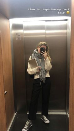 date outfit casual Look Fashion, Daily Fashion, Korean Fashion, Winter Fashion, Mode Outfits, Casual Outfits, Fashion Outfits, Womens Fashion, Looks Style