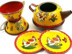 1930s Puppies Tea Set, tin Cups, Saucers, Teapot, Set of 5 with litho.