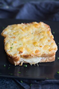 Croque Monsieur is the French version of a toasted ham and cheese sandwich And like many things the French do it better Tastes Better From Scratch Soup And Sandwich, Sandwich Recipes, Breakfast Recipes, Dinner Recipes, Grilled Cheese Recipes, Grilled Ham And Cheese, Tostadas, Quiches, Sandwiches