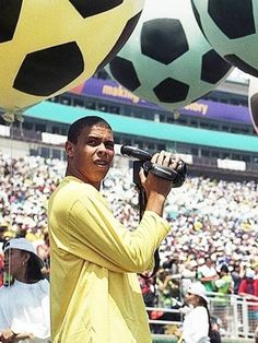 Vintage Football Shirts, Retro Football, World Cup 94, Best Player, Football Players, Brazil, Cool Pictures, Archive, Soccer
