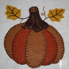 Free ~ Dozens of applique patterns - Wee Folk Art Felt Embroidery, Felt Applique, Applique Quilts, Free Applique Patterns, Quilt Patterns, Free Pattern, Applique Templates, Owl Templates, Penny Rug Patterns